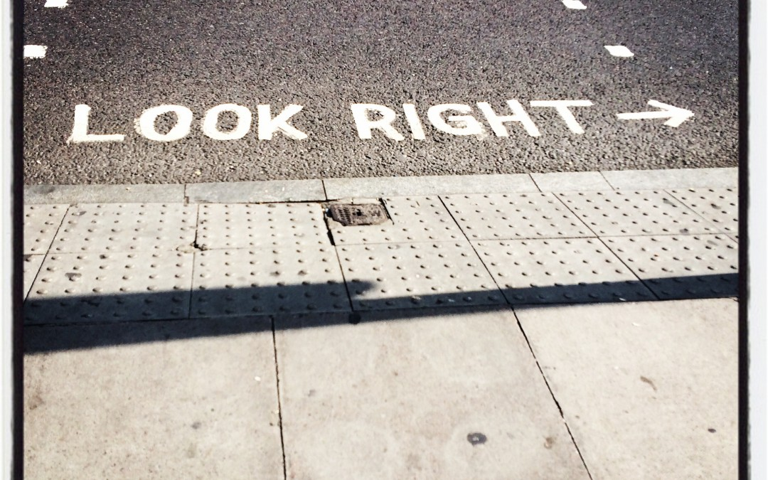 Look right rue Londres