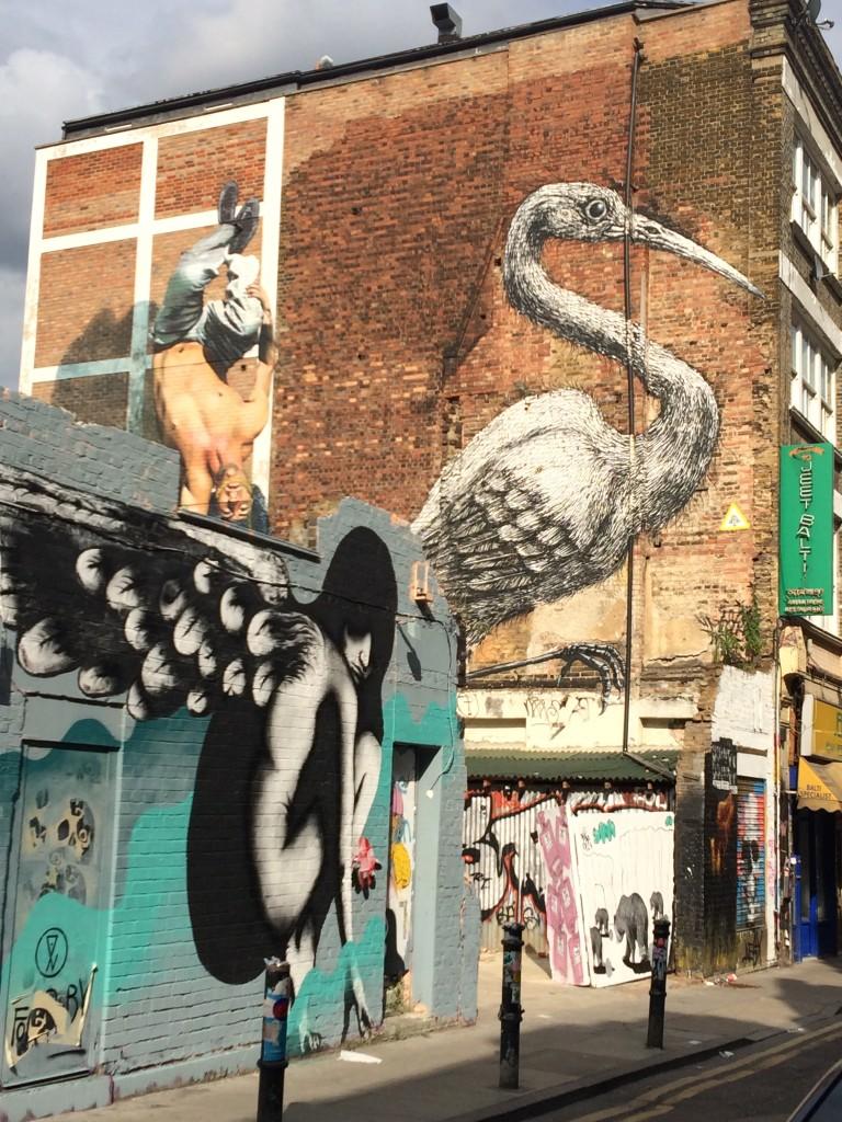 Grue de ROA et dessin de Martin Ron - Hanbury street