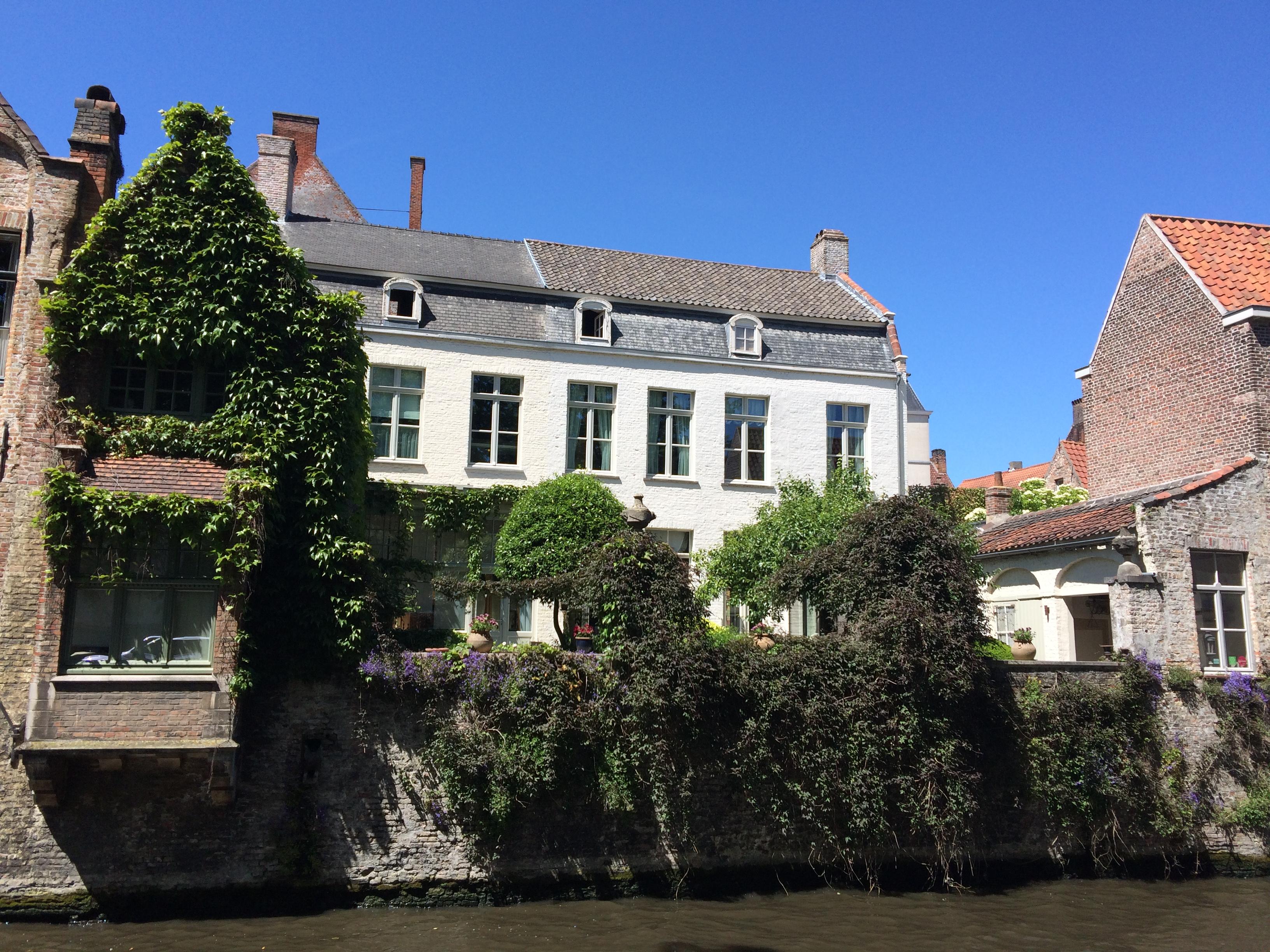 Mon week end  Bruges La vie en rose flamant