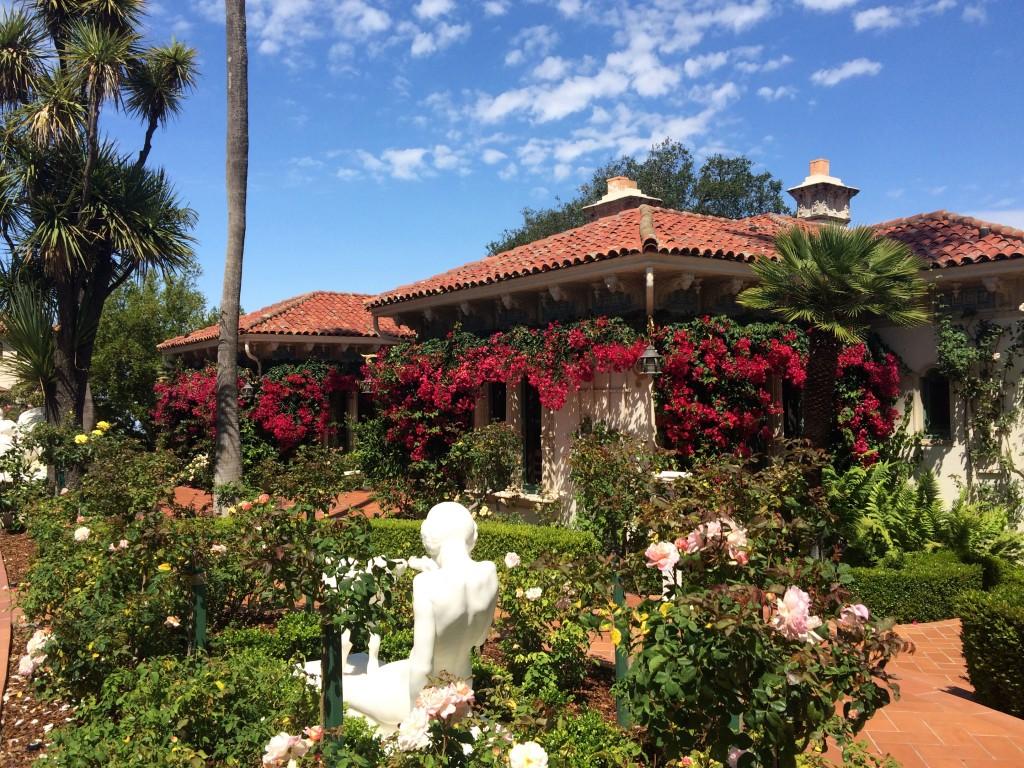 Les jardins de Hearst Castle à San Simeon en Californie