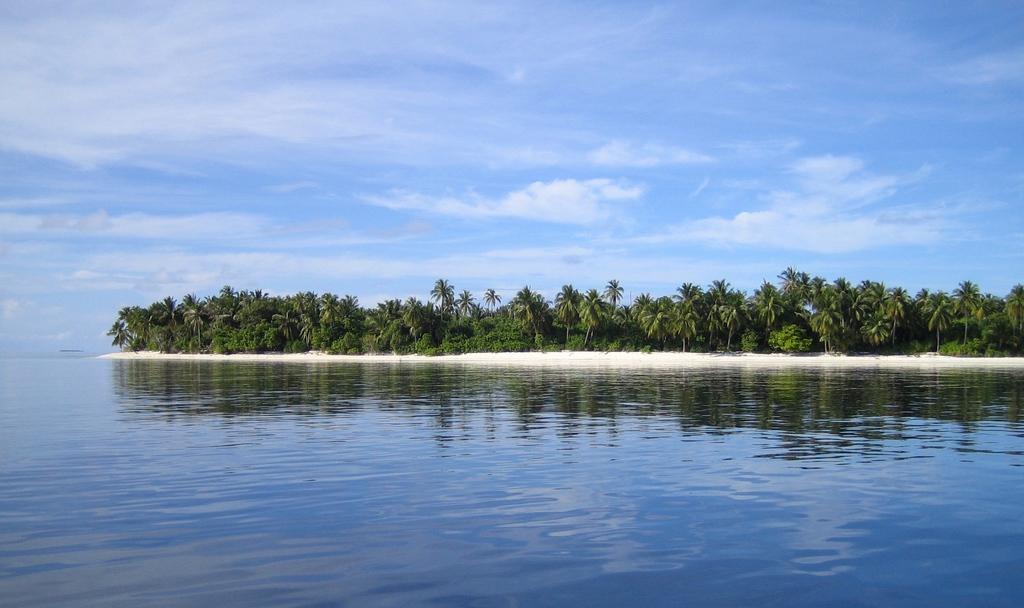 Ile Velavaru aux Maldives