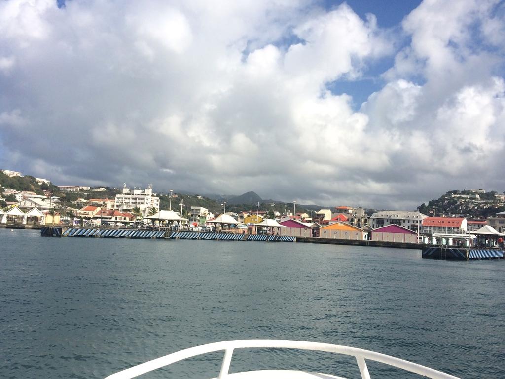 Arrivée en bateau à Fort de France en Martinique