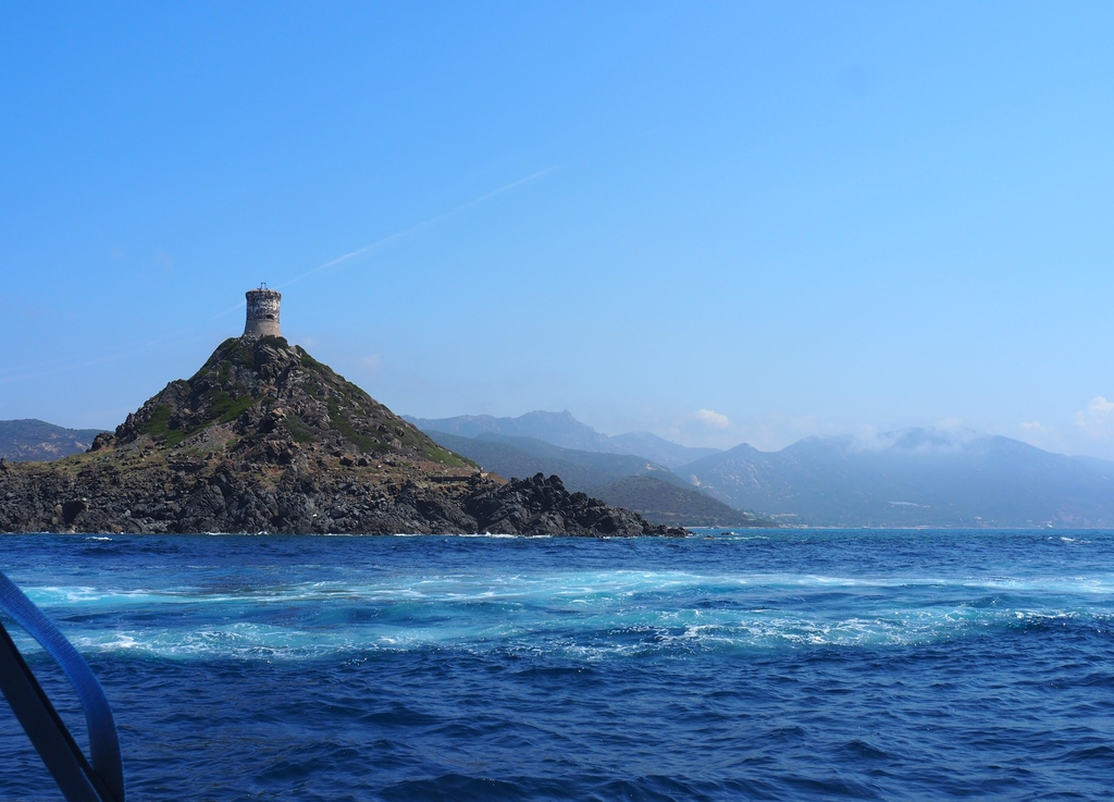 Tour génoise, îles sanguinaires en Corse
