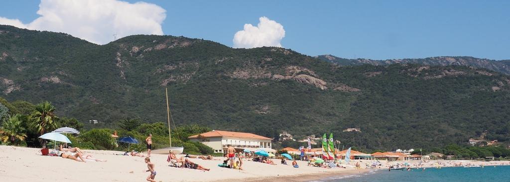 Plage de Sagone en Corse