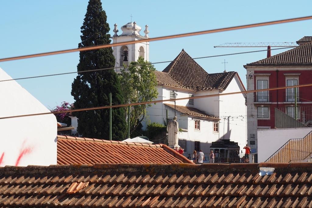Vue de l'appartement - rue das Escolas de Gerais à Lisbonne