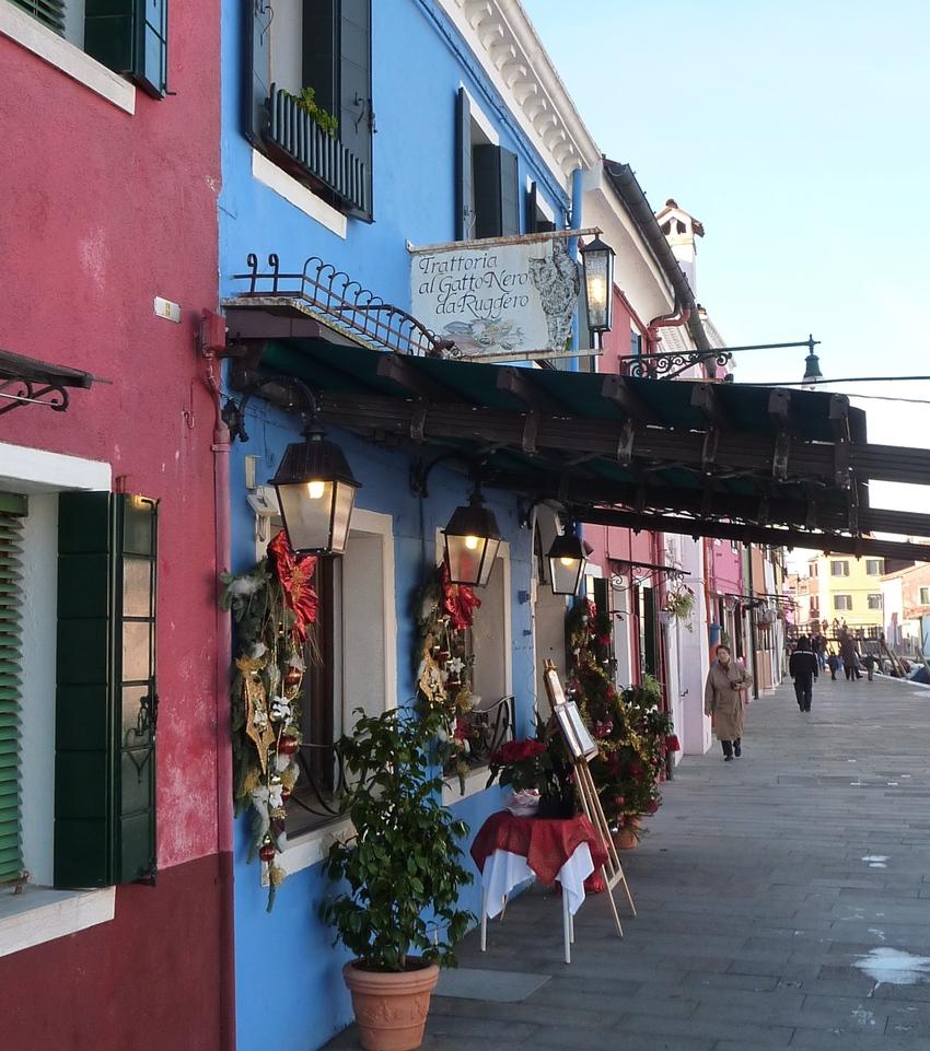 Venise en hiver, la trattoria al gato à Burano