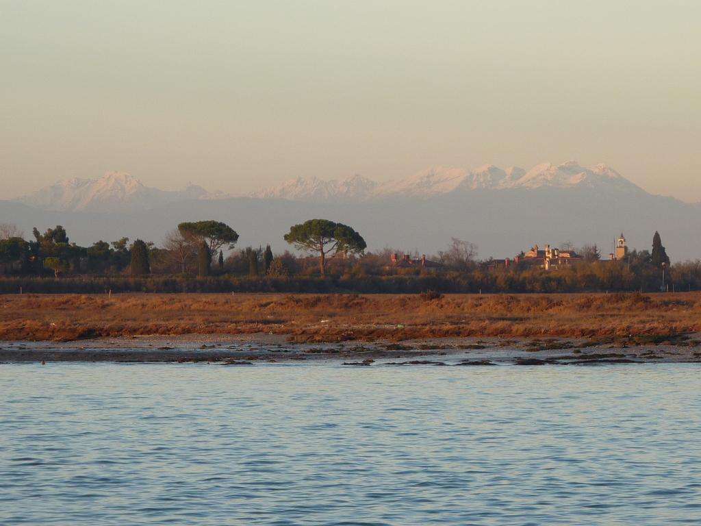 Venise en hiver, vue sur les Dolomites