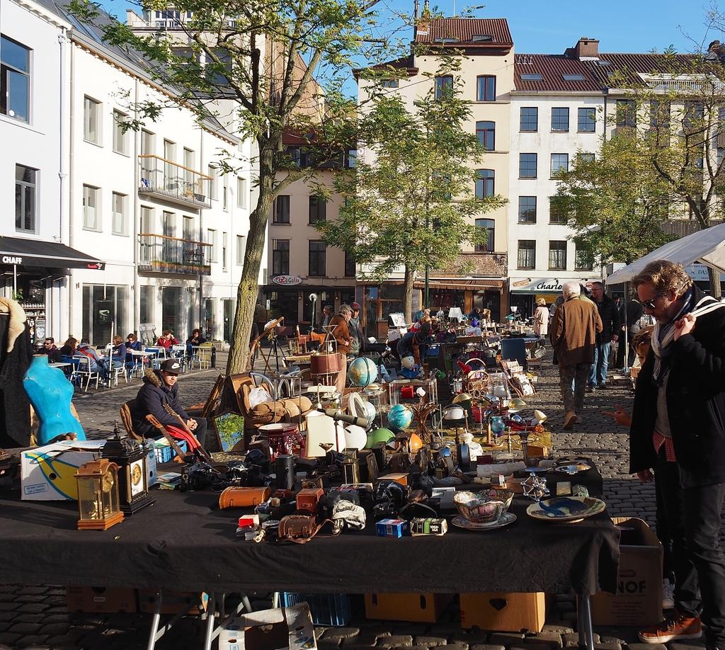 Où manger à Bruxelles ? Prendre un petit déj au Chaff, place du jeu de balle dans le quartier des Marolles