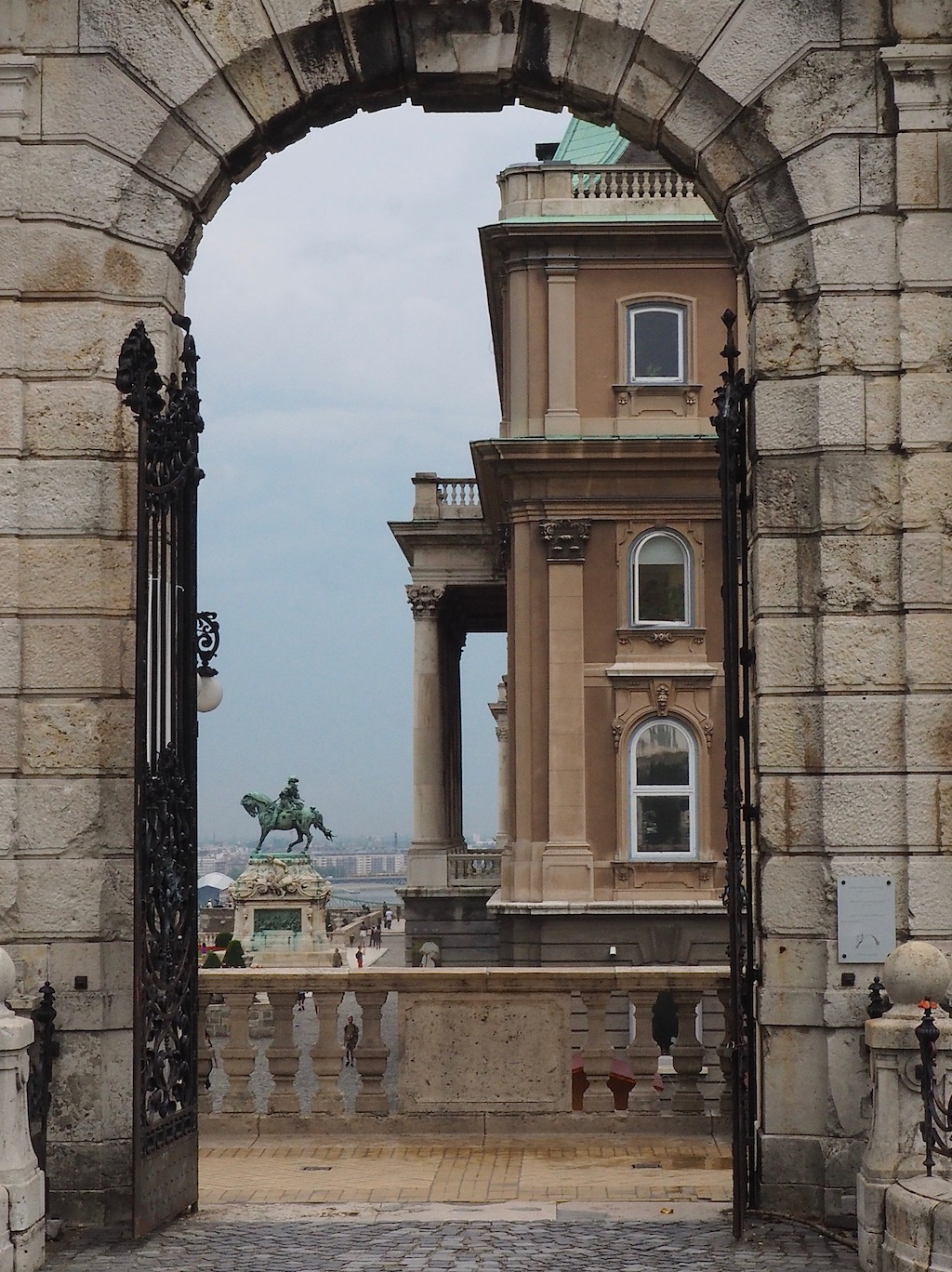 Visite de Budapest en famille, itinéraire sur 5 jours. Balade dans le quartier du château - Palais Royal