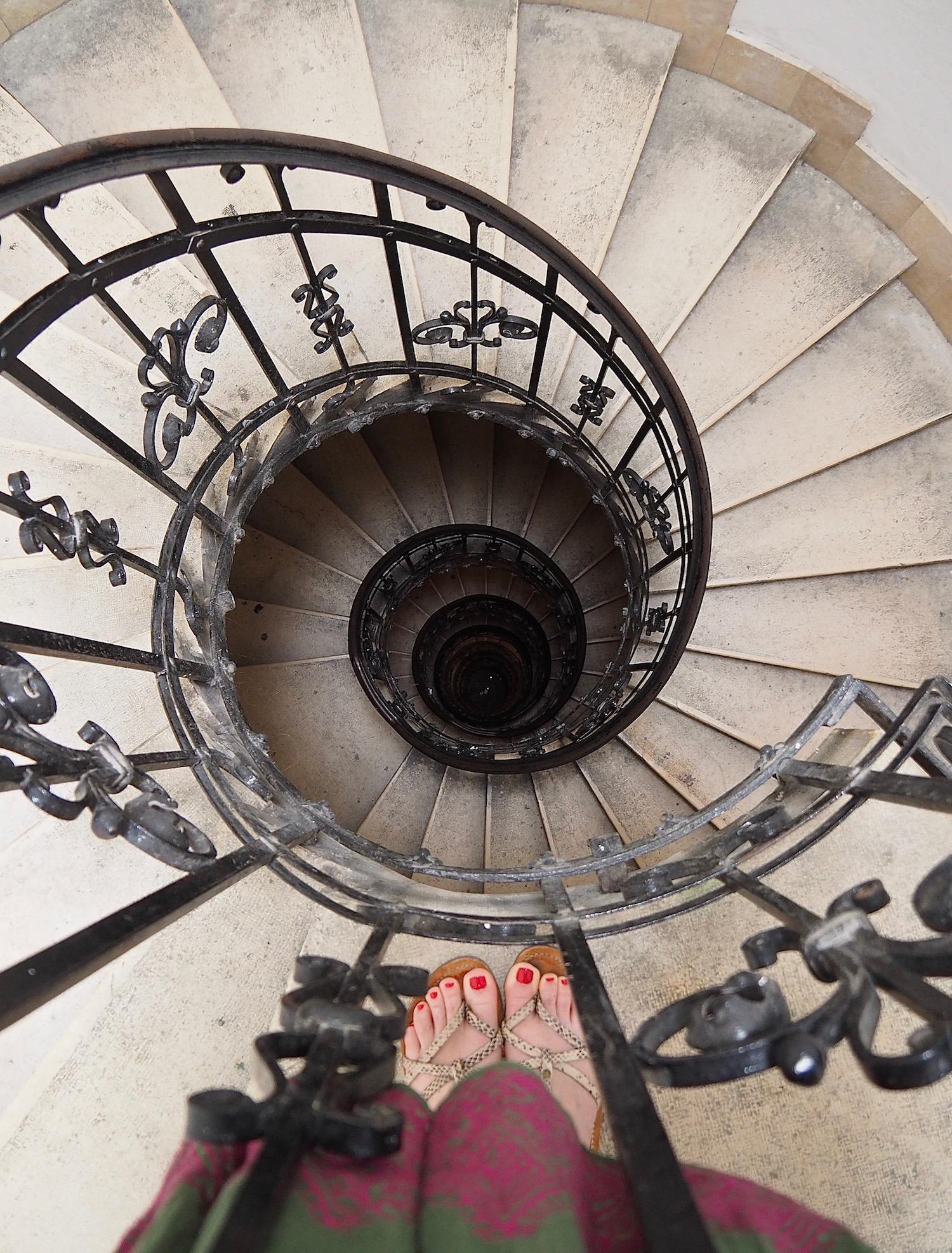 Visite de Budapest en famille, itinéraire sur 5 jours -Escalier de la Basilique Saint-Etienne