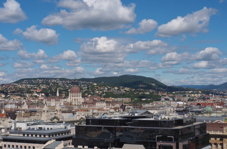 Visite de Budapest en famille, itinéraire sur 5 jours -Vue du haut de la Basilique Saint-Etienne
