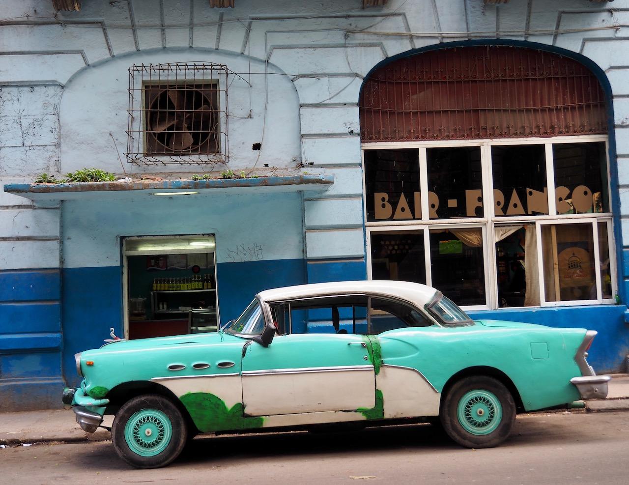 3 jours à la Havane - dans les rues de la Habana Vieja - Bar Franco