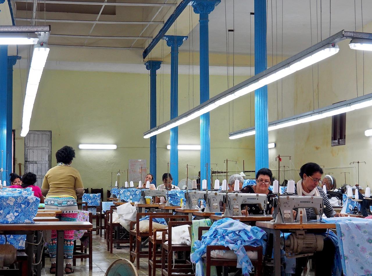 3 jours à la Havane - atelier de couture dans la Habana Vieja
