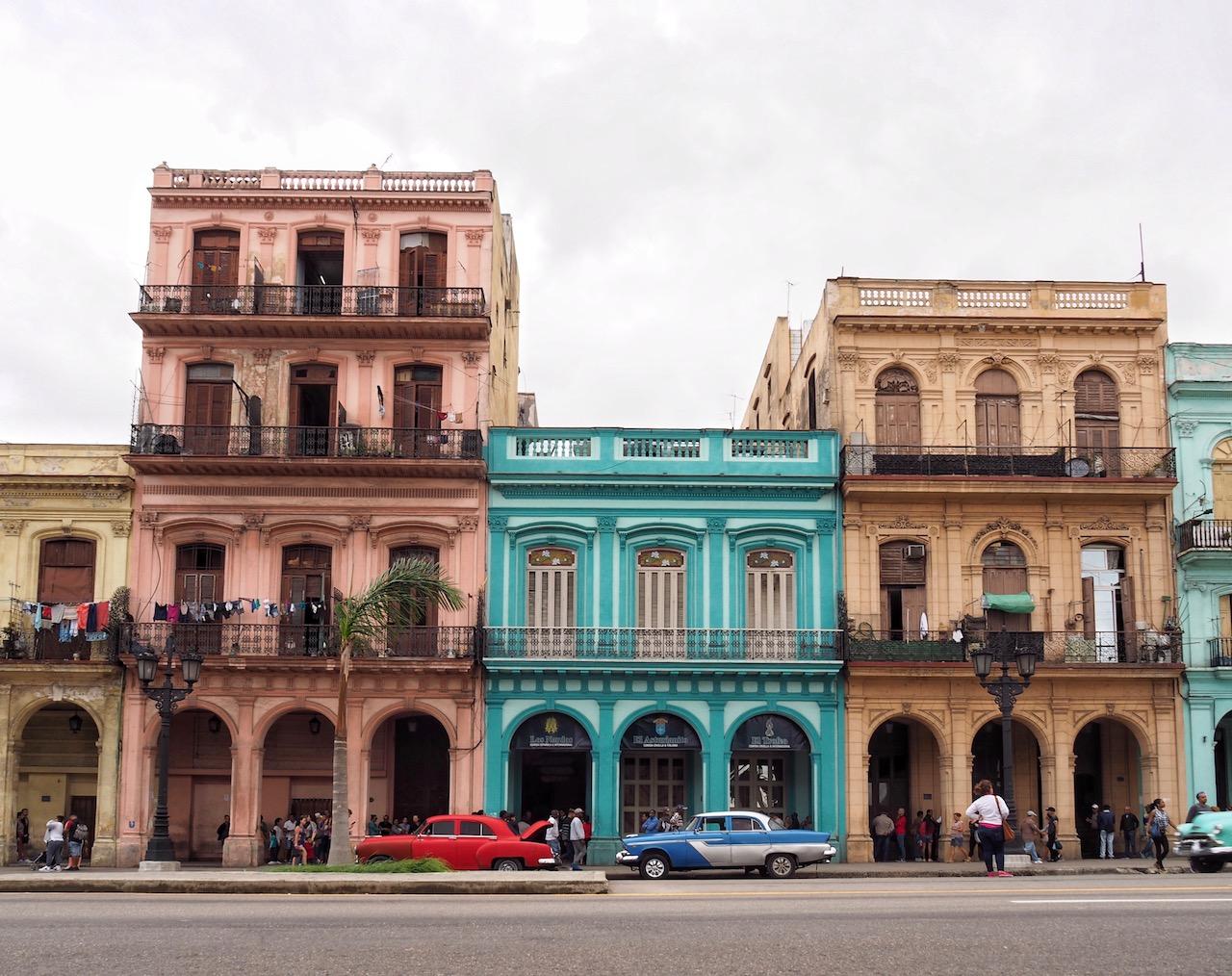 3 jours à la Havane - façades colorées sur paseo de Marti