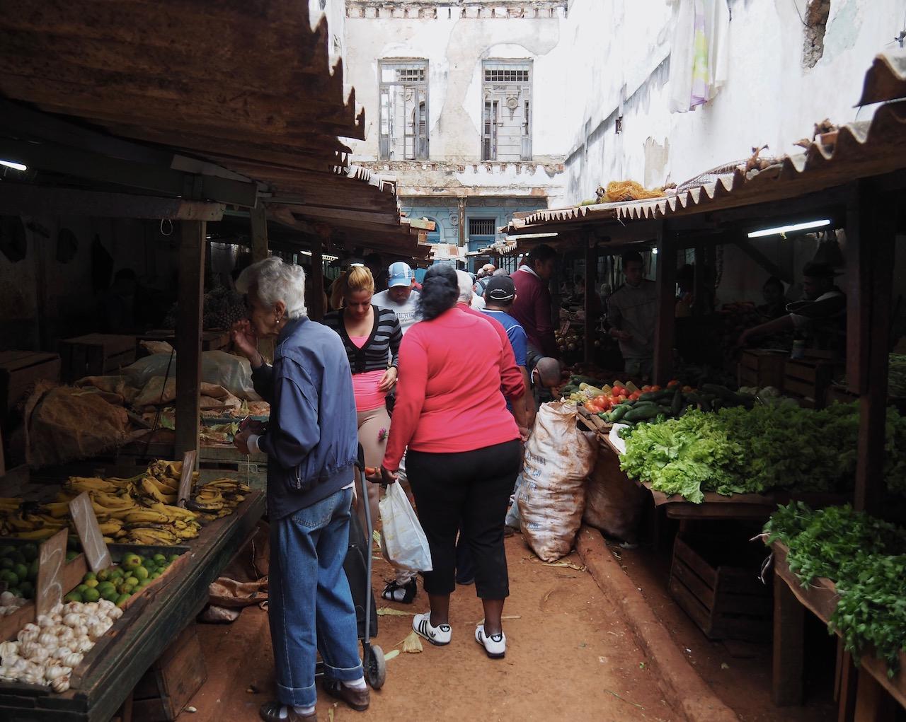 3 jours à la Havane - marché dans la Habana Vieja