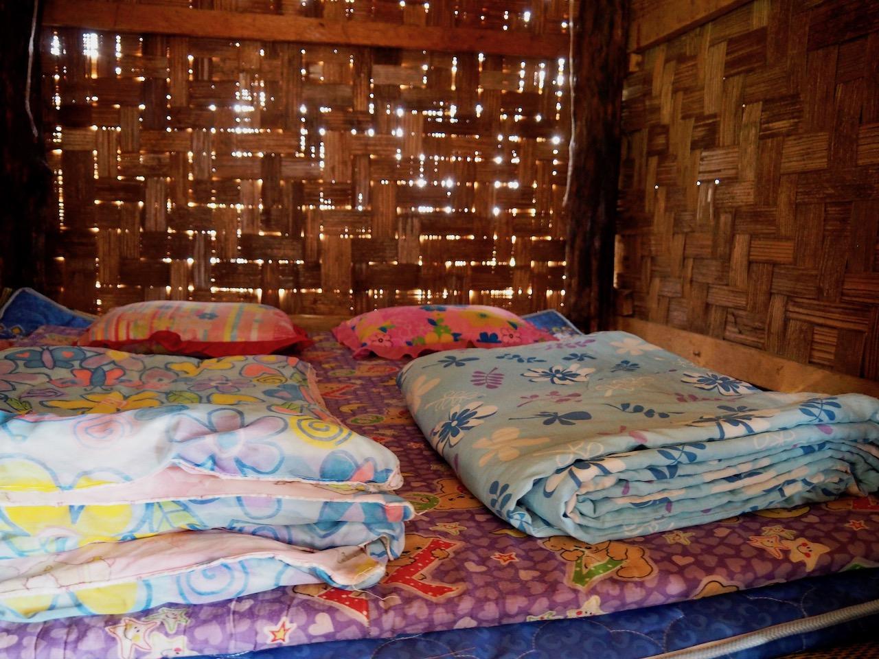 Une nuit dans les rizières de Ban Pa Pong Pieng dans la province de Chiang Mai : chambre de notre guest house