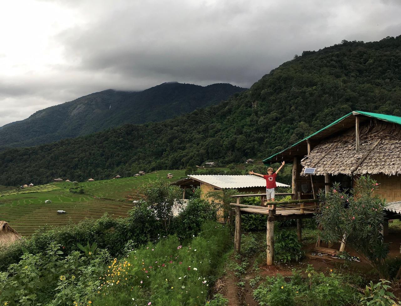 Une nuit dans les rizières de Ban Pa Pong Pieng dans la province de Chiang Mai
